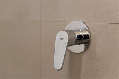 Grohe chrome shower mixer