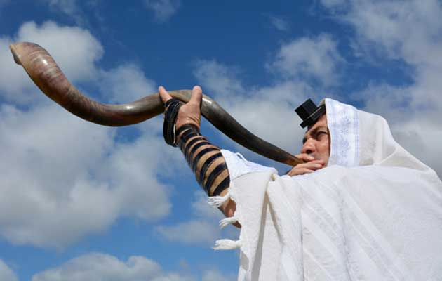 The Feast of Trumpets: Messiah as God's Obedient Son