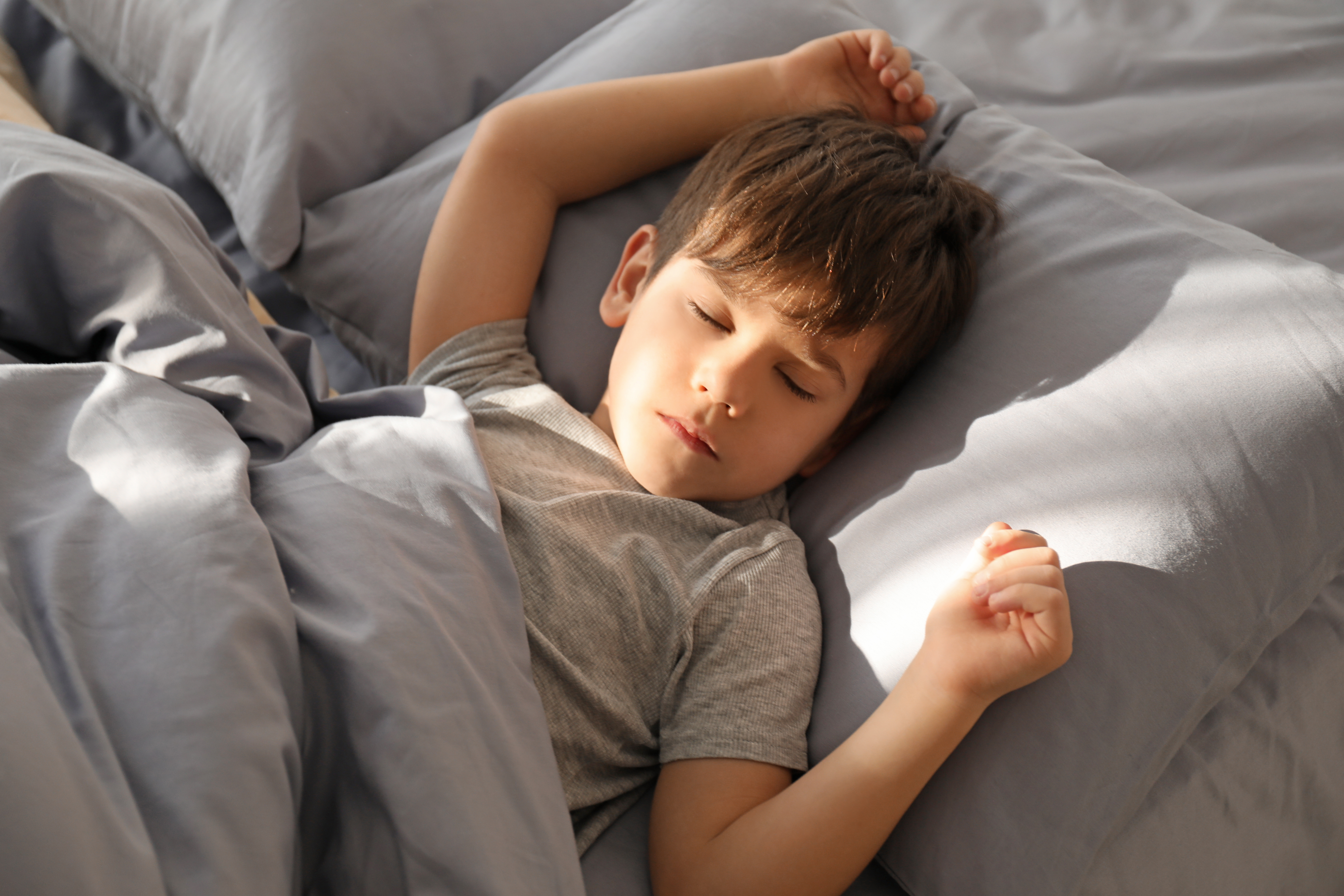 10 Year old Can't Relax and Sleep - Meltdowns from Noise, Lights