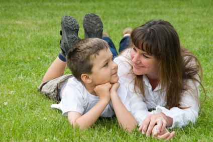 12 Tips to Be a Brilliant Listener with Your Child