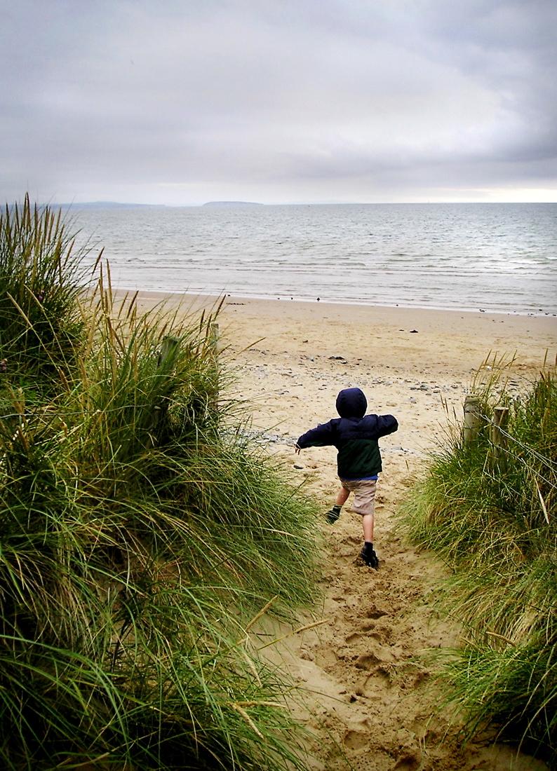 How Nature Makes Kids Calmer, Healthier, Smarter