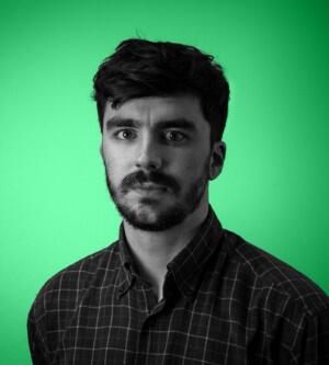 Tom Langley portrait hover